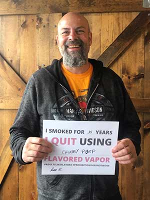 Ecig Lounge Quit Sign Customer 7